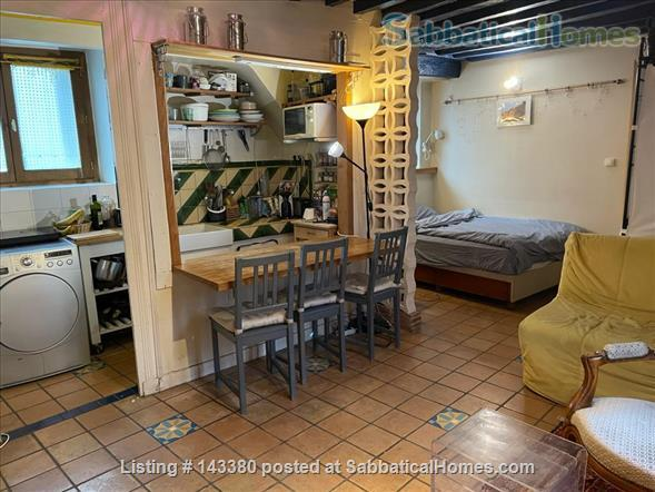 Charming studio at the heart of the Latin quarter Home Rental in Paris, Île-de-France, France 4