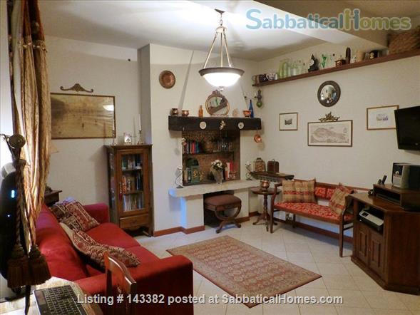 Ca' Venexiana, quiet 2 bedroom with private canalside courtyard ~ no extra fees Home Rental in Venezia, Veneto, Italy 2
