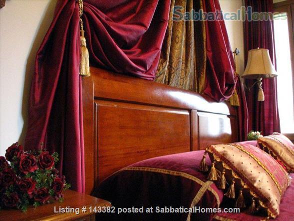 Ca' Venexiana, quiet 2 bedroom with private canalside courtyard ~ no extra fees Home Rental in Venezia, Veneto, Italy 3