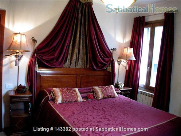 Ca' Venexiana, quiet 2 bedroom with private canalside courtyard ~ no extra fees Home Rental in Venezia, Veneto, Italy 4
