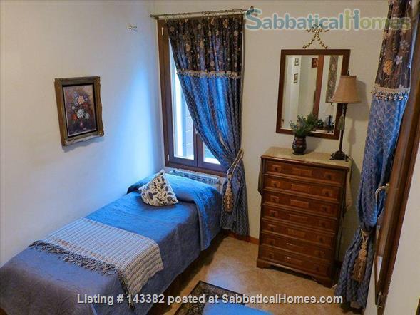Ca' Venexiana, quiet 2 bedroom with private canalside courtyard ~ no extra fees Home Rental in Venezia, Veneto, Italy 5