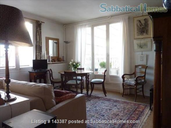 Romantic Studio, Terrace with  Eiffel Tower   Home Rental in Paris 3