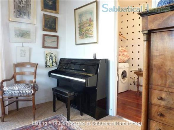 Romantic Studio, Terrace with  Eiffel Tower   Home Rental in Paris 4