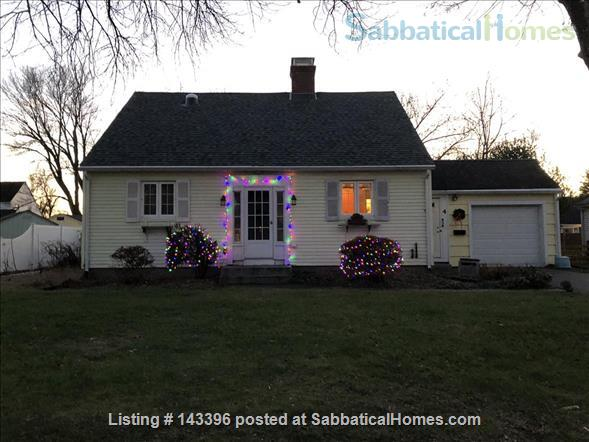 Cape Cod comfort near the Five Colleges - August 2021 move in Home Rental in Easthampton, Massachusetts, United States 1