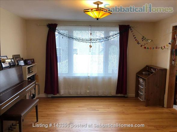 Cape Cod comfort near the Five Colleges - August 2021 move in Home Rental in Easthampton, Massachusetts, United States 3
