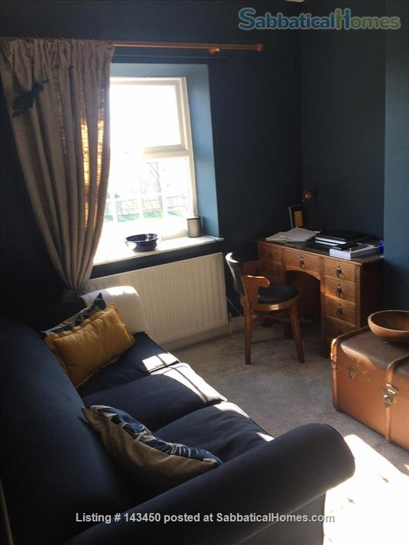 Peaceful Terrace Cottage for Rent Home Rental in Old Whittington, England, United Kingdom 7