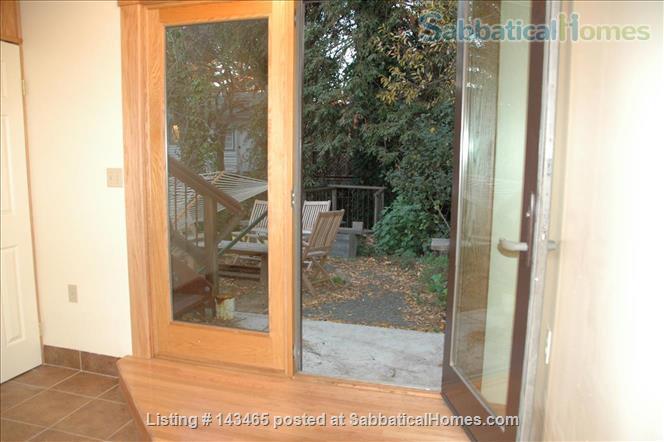 Berkeley Garden flat on Strawberry Creek Home Rental in Berkeley, California, United States 1