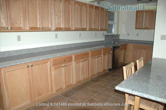 Berkeley Garden flat on Strawberry Creek Home Rental in Berkeley, California, United States 5