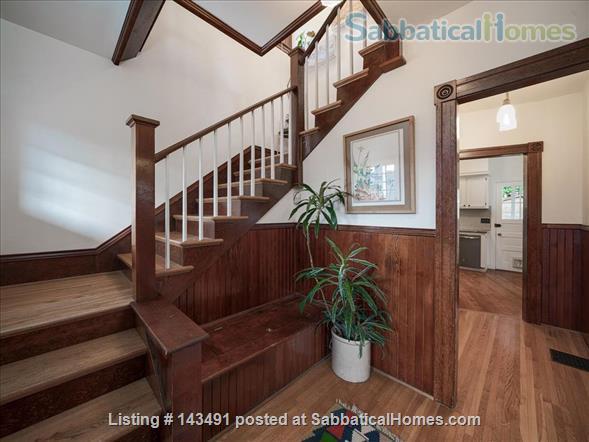 Inner SE Portland Classic Victorian  Home Rental in Portland, Oregon, United States 2