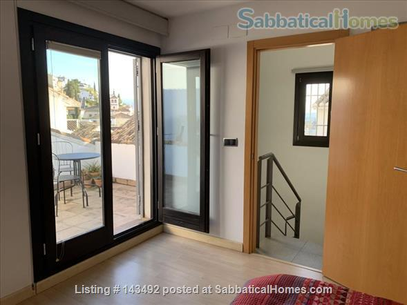 4 bedroom lovely and spacious house in the Albaicin with wiews  and a cave Home Rental in Granada, Andalucía, Spain 3
