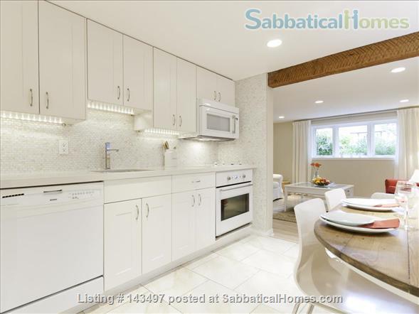 2 bedroom garden suite in Kitsilano, near UBC Home Rental in Vancouver, British Columbia, Canada 2