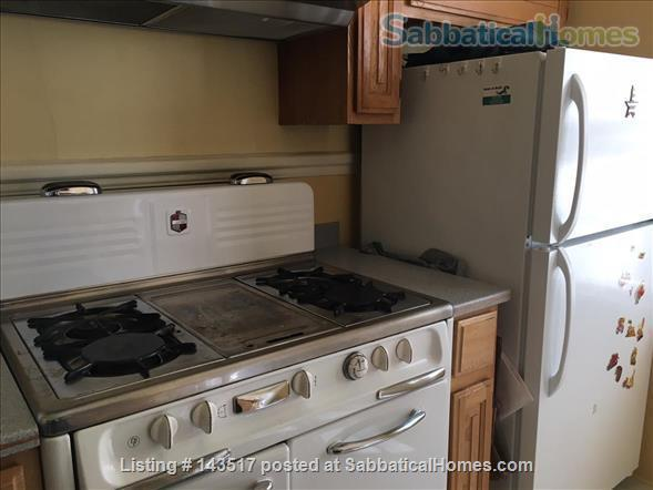 Charming Furnished 2-bedroom, best neighborhood, near campus Home Rental in Oakland, California, United States 7