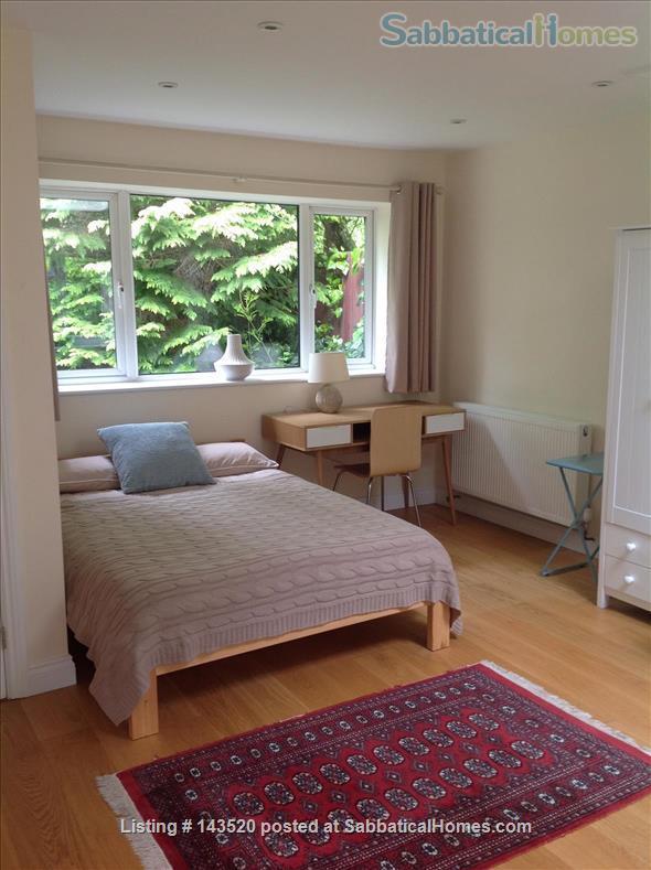 Cosy private studio in idyllic garden, Oxford Home Rental in Marston, England, United Kingdom 5