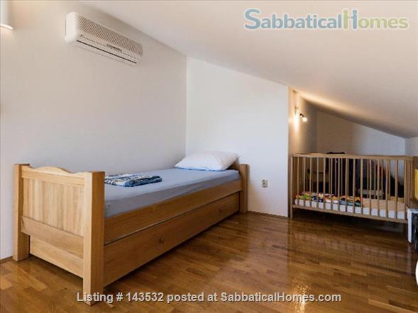 Sea view apartment in an Adriatic Coastal village.  Home Rental in Baška Voda, Splitsko-dalmatinska županija, Croatia 5