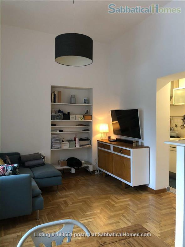 House with garden in Trastevere Home Rental in Rome, Lazio, Italy 2