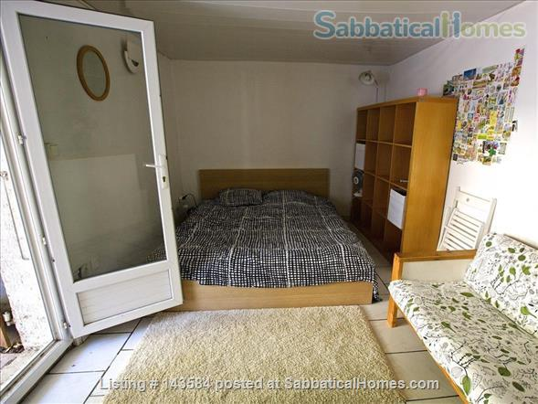 Simple studio set in sunny courtyard near historic centre of Montpellier Home Rental in Montpellier, Occitanie, France 0