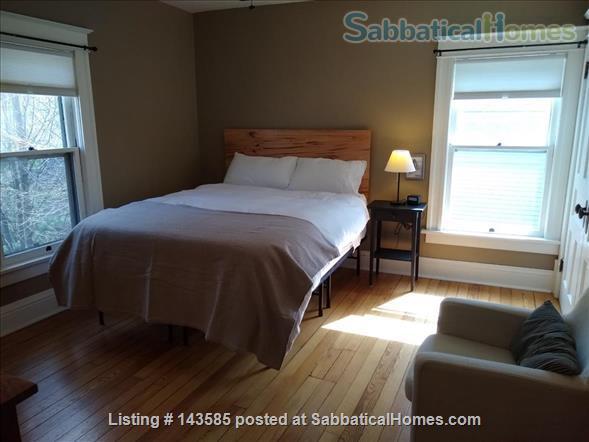 Modern Prairie Home Home Rental in Iowa City, Iowa, United States 9