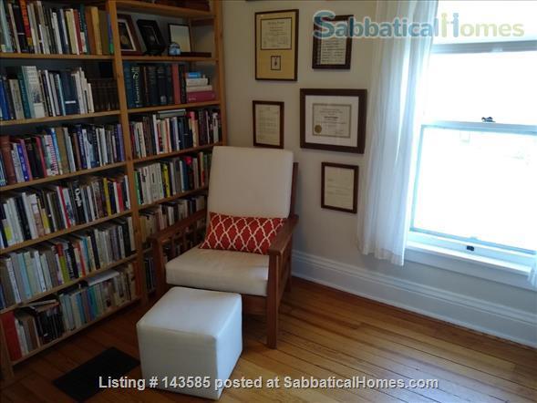 Modern Prairie Home Home Rental in Iowa City, Iowa, United States 6