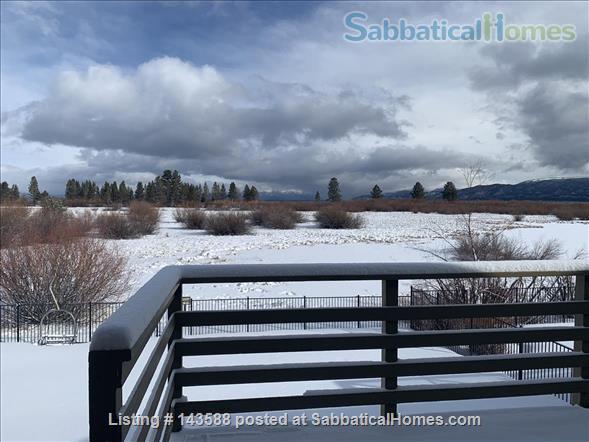 LAKE VIEWS Tahoe Keys Home 3br 2.5 ba. HOT TUB. Summer 2021. New appliances Home Rental in South Lake Tahoe, California, United States 1