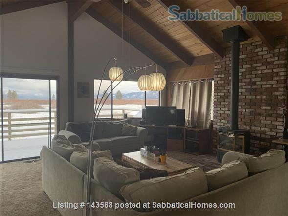 LAKE VIEWS Tahoe Keys Home 3br 2.5 ba. HOT TUB. Summer 2021. New appliances Home Rental in South Lake Tahoe, California, United States 3