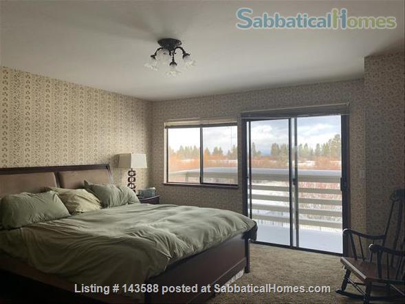 LAKE VIEWS Tahoe Keys Home 3br 2.5 ba. HOT TUB. Summer 2021. New appliances Home Rental in South Lake Tahoe, California, United States 4