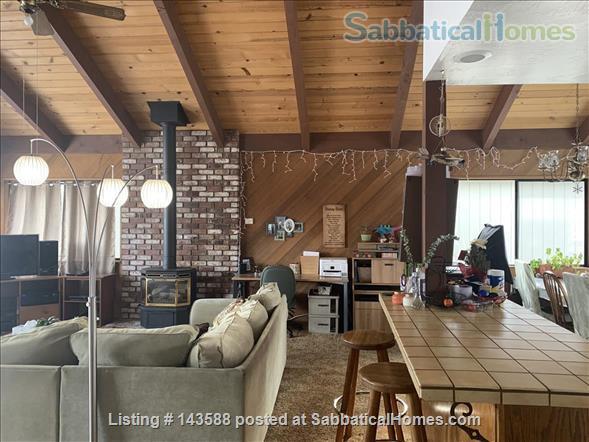 LAKE VIEWS Tahoe Keys Home 3br 2.5 ba. HOT TUB. Summer 2021. New appliances Home Rental in South Lake Tahoe, California, United States 8