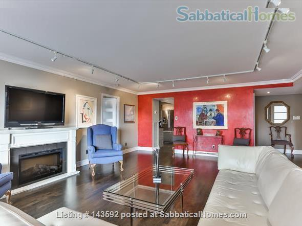 Downtown Toronto - Prime Location - Spacious Tastefully Furnished & Fully Equipped Home Rental in Toronto, Ontario, Canada 1