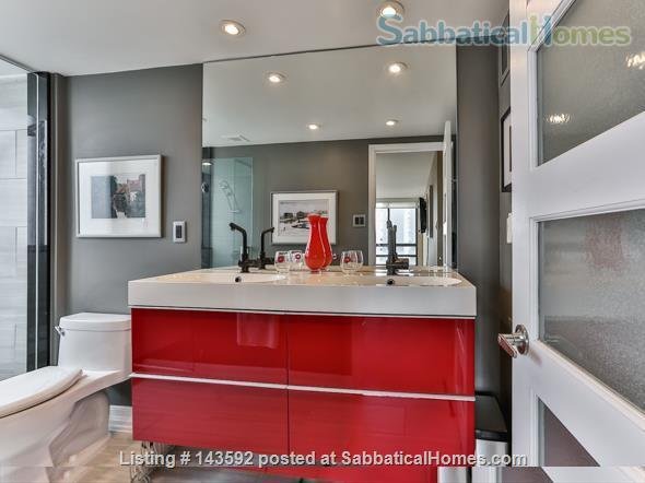 Downtown Toronto - Prime Location - Spacious Tastefully Furnished & Fully Equipped Home Rental in Toronto, Ontario, Canada 8