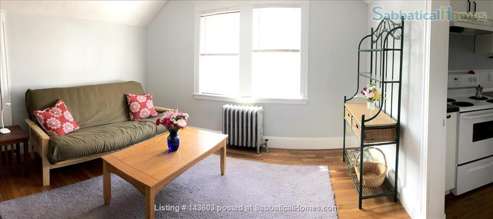 Quiet two bedroom apartment in hip neighborhood with private deck Home Rental in Boston, Massachusetts, United States 4