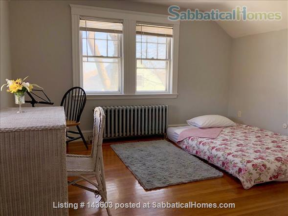 Quiet two bedroom apartment in hip neighborhood with private deck Home Rental in Boston, Massachusetts, United States 6