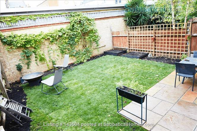 Stylish, spacious, large private backyard, east London 1-bd ground floor flat Home Rental in Greater London, England, United Kingdom 8