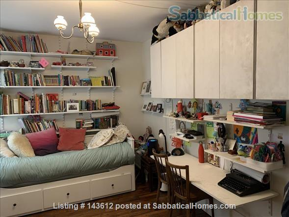 Two bedroom apartment in Paris near Charonne, Nation, Père Lachaise  Home Rental in Paris, IDF, France 4