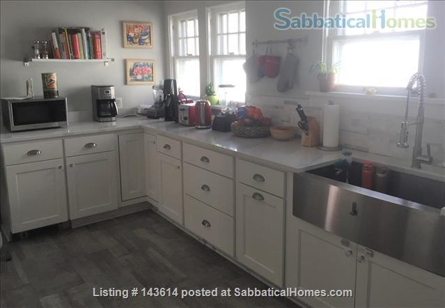 Bright renovated 3BR in Shorewood Home Rental in Shorewood, Wisconsin, United States 5
