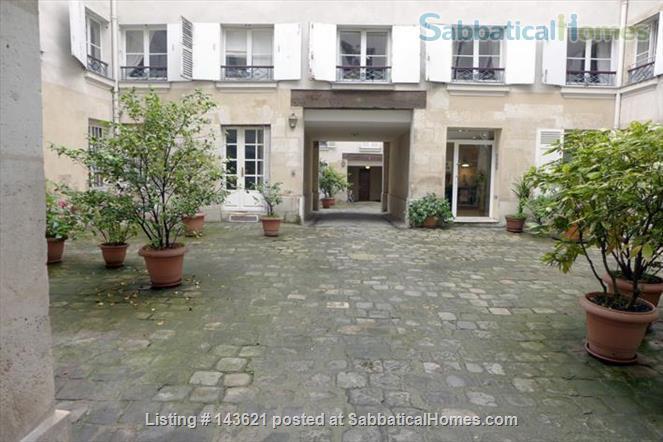 Sophisticated 1 BDR - 2 guests - Saint-Germain Home Rental in Paris, IDF, France 2