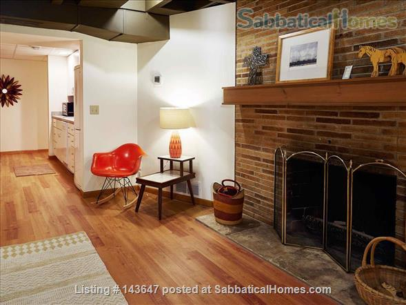 Urban Apartment in the Woods Home Rental in Madison, Wisconsin, United States 0
