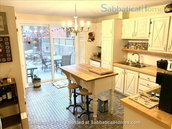 Large appartment in downtown Montreal Home Rental in Montreal, Quebec, Canada 4