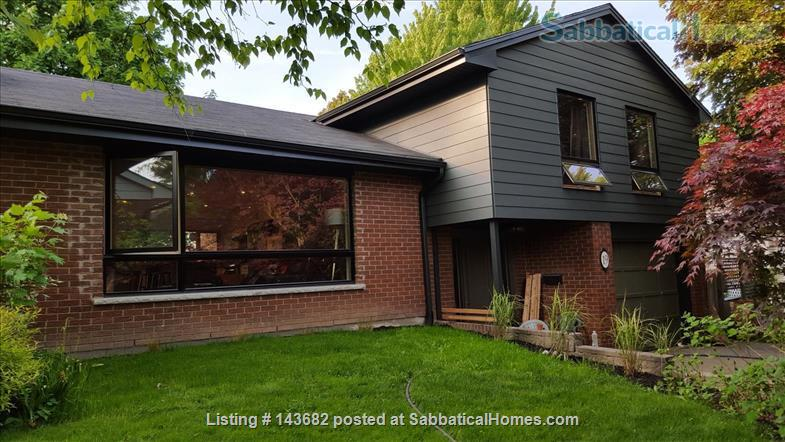 Furnished house, 4 bedrooms Home Rental in London, Ontario, Canada 1