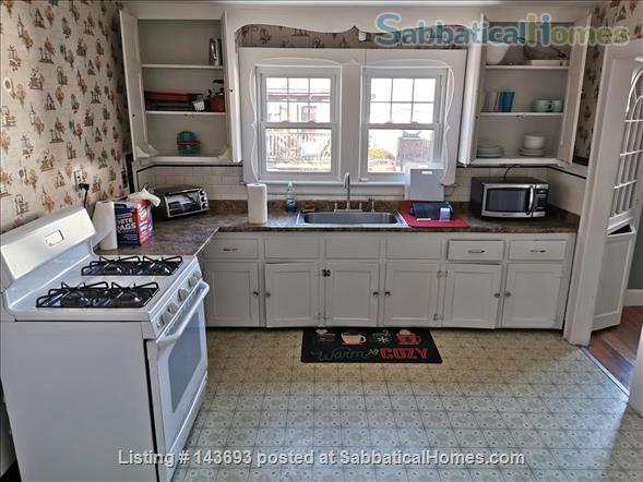 2 bedroom near Boston College and Transportation Home Rental in Boston, Massachusetts, United States 6