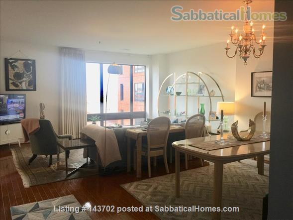 Harbor Court: Luxury 2BR, 2BA, Top Concierge & Security  Home Rental in Baltimore, Maryland, United States 0