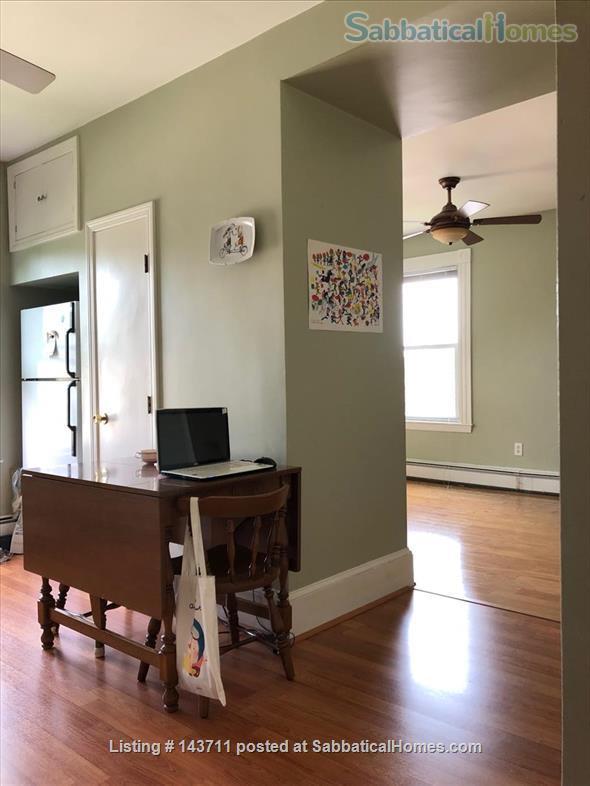 Top Floor New England charm 1BR 1BATH Home Rental in Cambridge, Massachusetts, United States 0