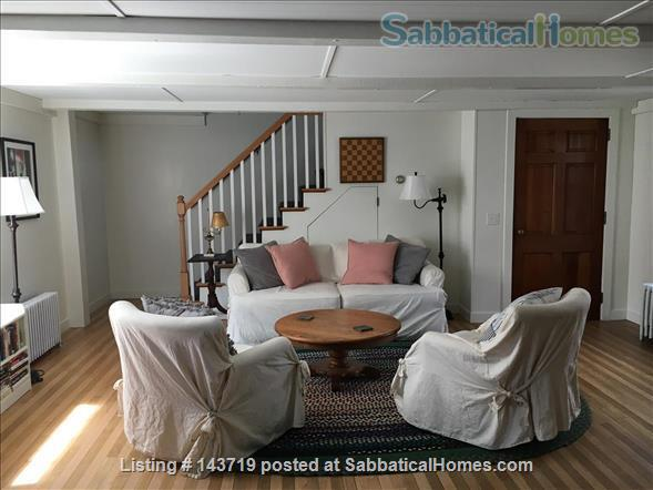 Spacious 2 BR cottage, steps from town and Bowdoin Home Rental in Brunswick, Maine, United States 0