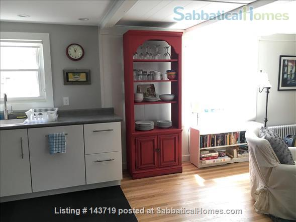 Spacious 2 BR cottage, steps from town and Bowdoin Home Rental in Brunswick, Maine, United States 3