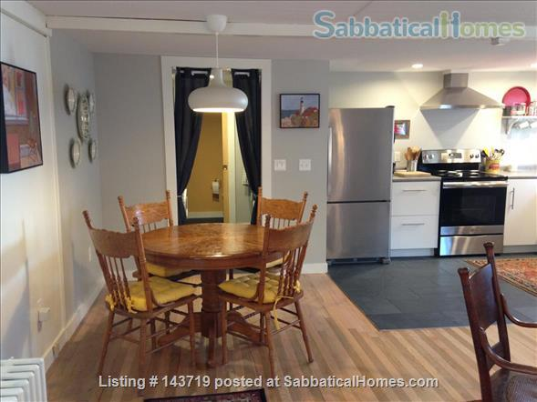 Spacious 2 BR cottage, steps from town and Bowdoin Home Rental in Brunswick, Maine, United States 4