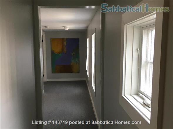 Spacious 2 BR cottage, steps from town and Bowdoin Home Rental in Brunswick, Maine, United States 8
