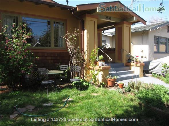 Sunny and Adorable Furnished 2-Bed Crafstman Home Rental in Berkeley, California, United States 1