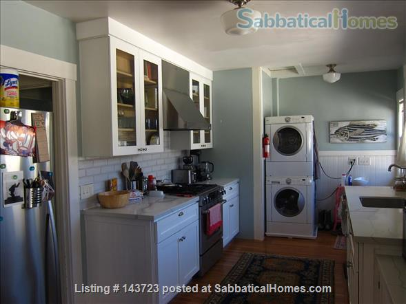 Sunny and Adorable Furnished 2-Bed Crafstman Home Rental in Berkeley, California, United States 6