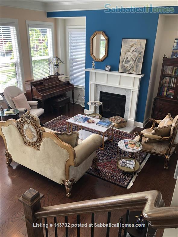 Bright & Luxurious End-Unit Townhome in Morningside Home Rental in Atlanta, Georgia, United States 1