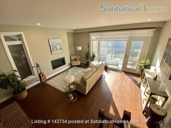 Modern and bright single-family home in Greystone Village (Ottawa, Canada) Home Rental in Ottawa, Ontario, Canada 0