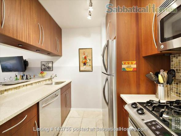 Spacious alcove studio in desirable Upper West Side Manhattan Home Rental in New York, New York, United States 2