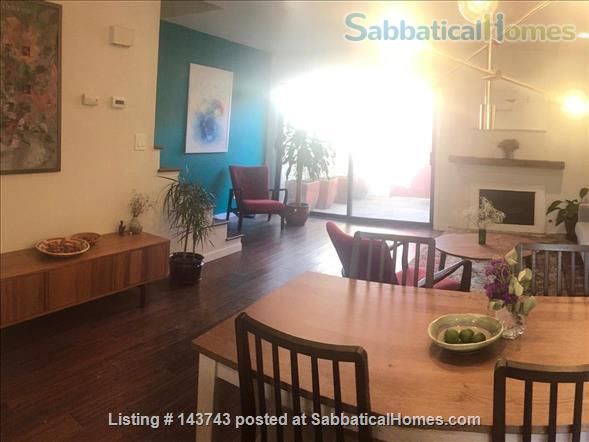 Delightful 2-bedroom home with pool  Home Rental in Davis, California, United States 1